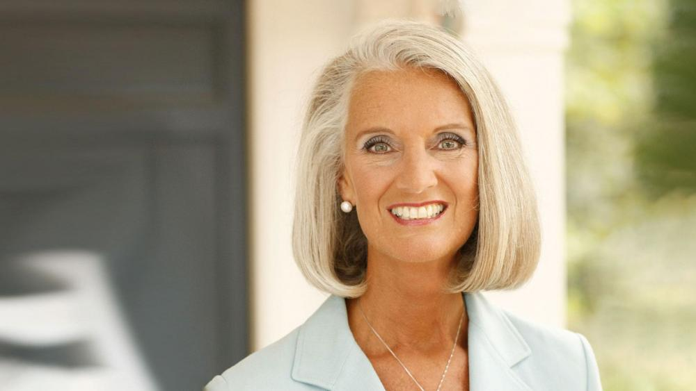 Anne Graham Lotz on The Surprising Gift God Gave After My Father's Death